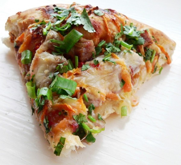 thai-pork-pizza
