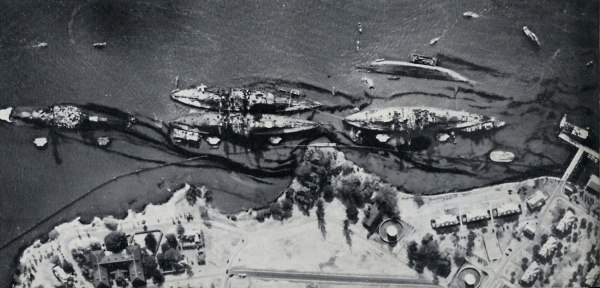 aerial photo of Pearl Harbor battleships Arizona, West Virginia, Tennessee, Maryland and Oklahomaoil slick